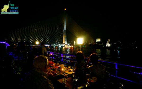 riverside seafood cruise Bangkok buffet